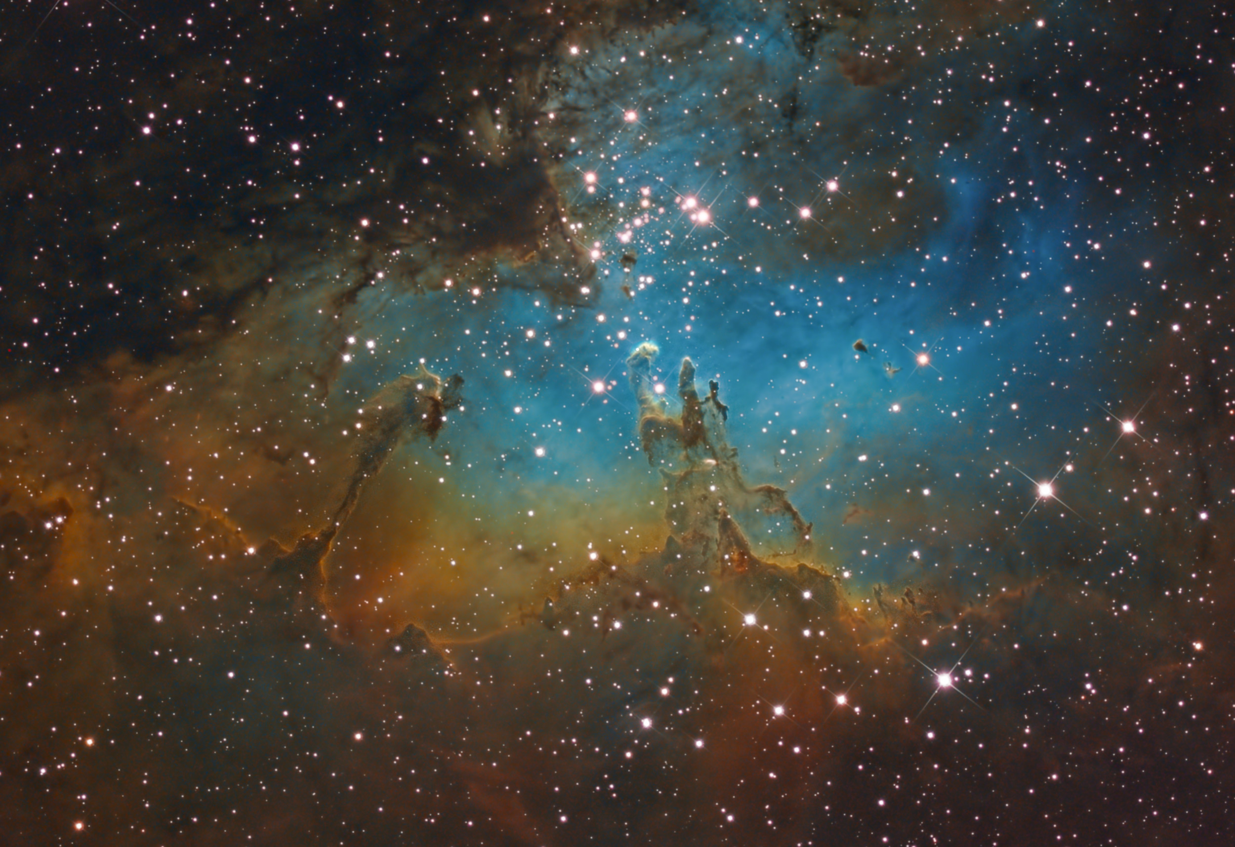 Amazing Eagle Nebula Swoops into Stargazer's Night Sky Photo