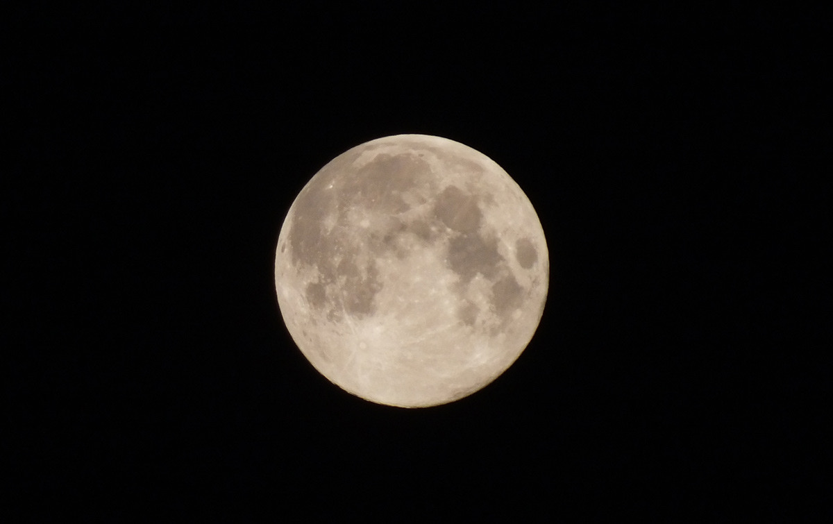 August 2012 Full Moon over New York State