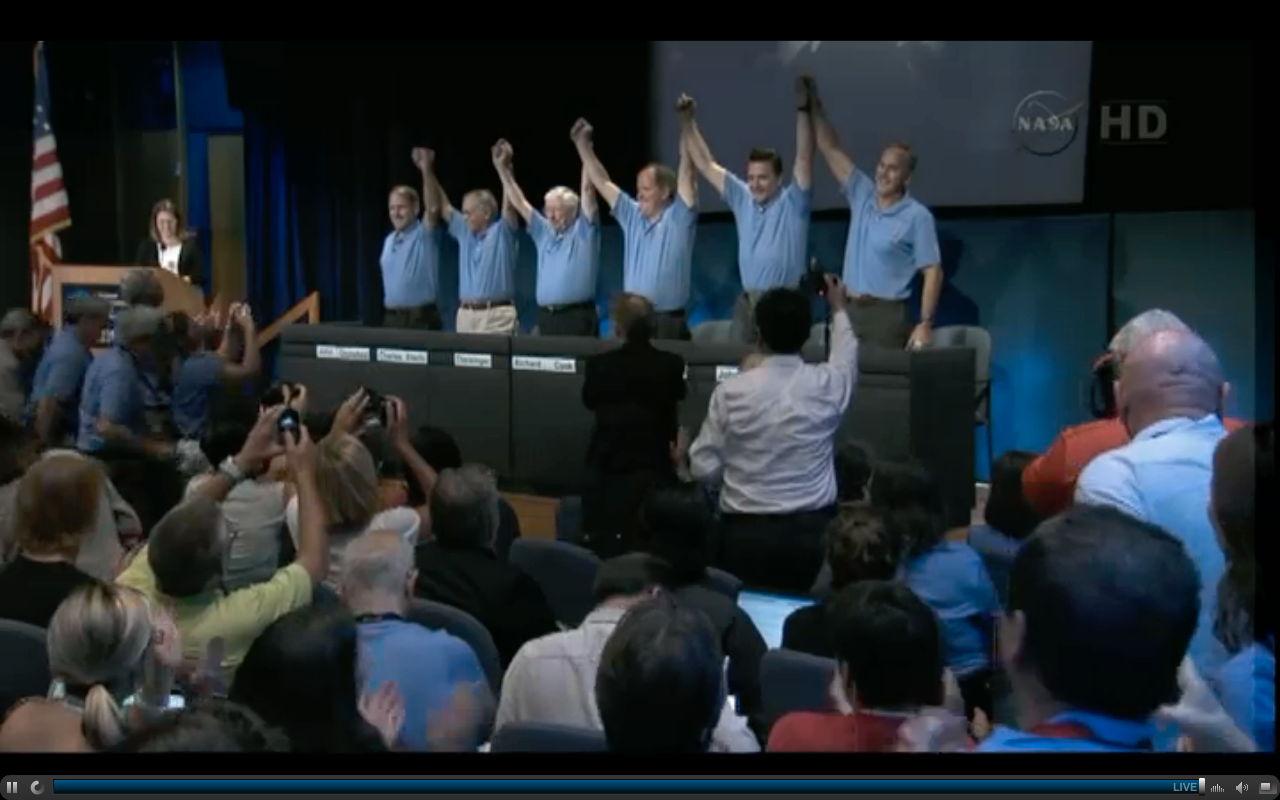 NASA Exults in Mars Rover's Landing Success