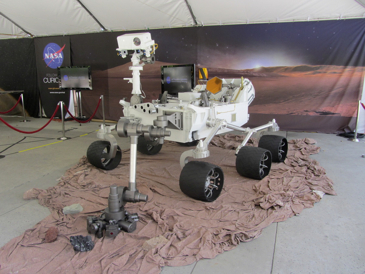 Model of Curiosity on JPL Grounds