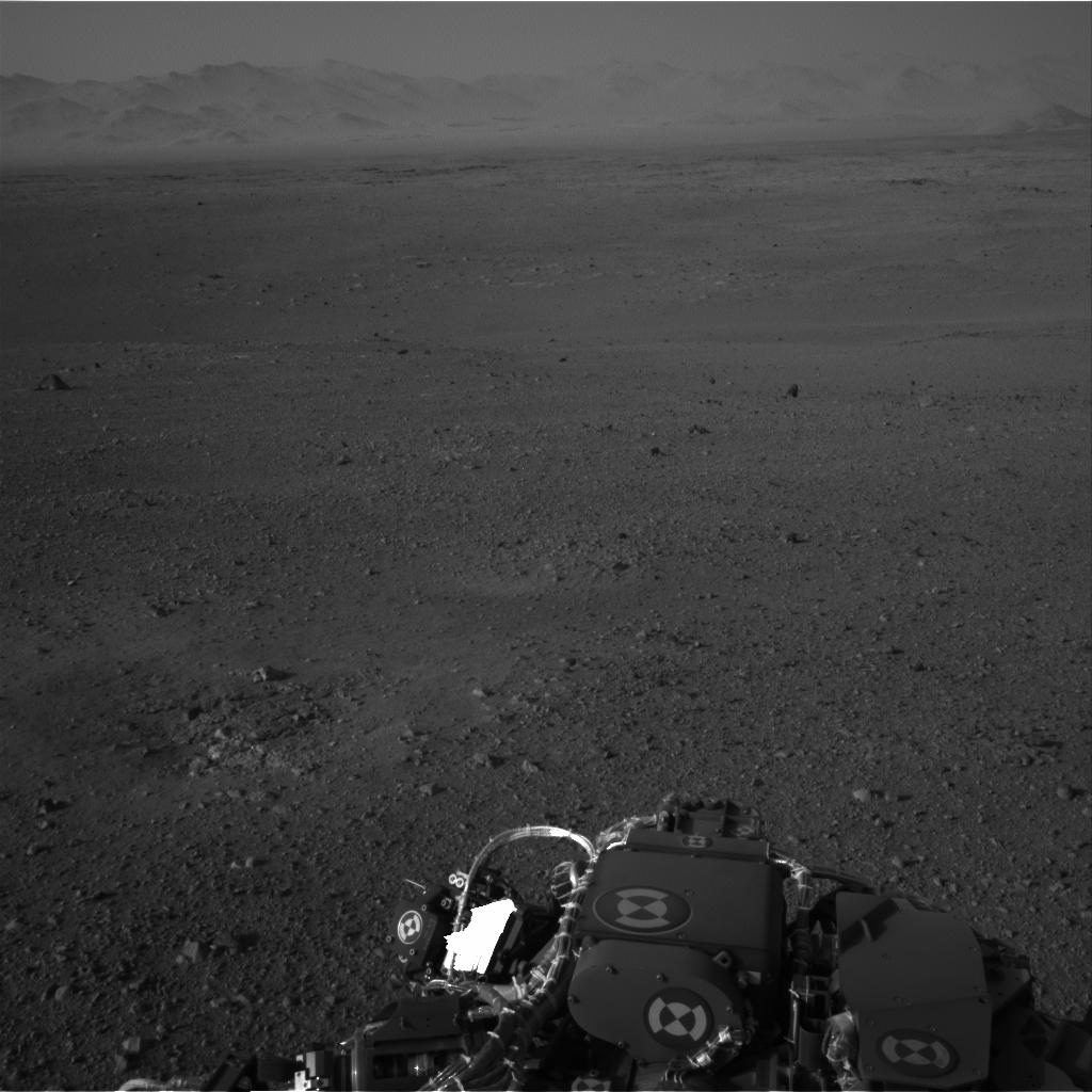 Curiosity Raw Image Navcam: Left A Full, 2012-08-08 07:05:05 UTC