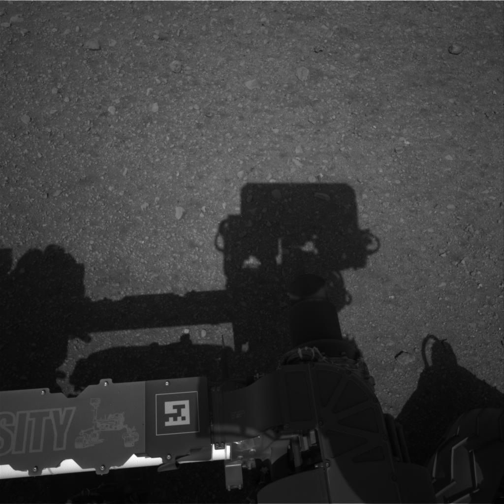 Curiosity Raw Image Navcam: Left A Full, 2012-08-08 04:45:43 UTC