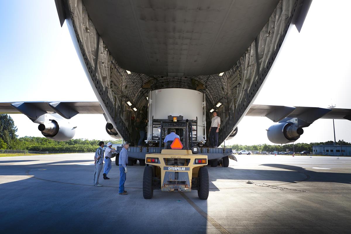 Twin RBSP Spacecraft Unloading