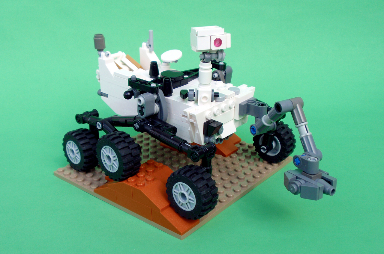 How to Build Your Own LEGO Mars Rover Curiosity