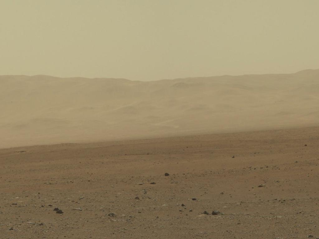 Curiosity Photographs Wall of Gale Crater