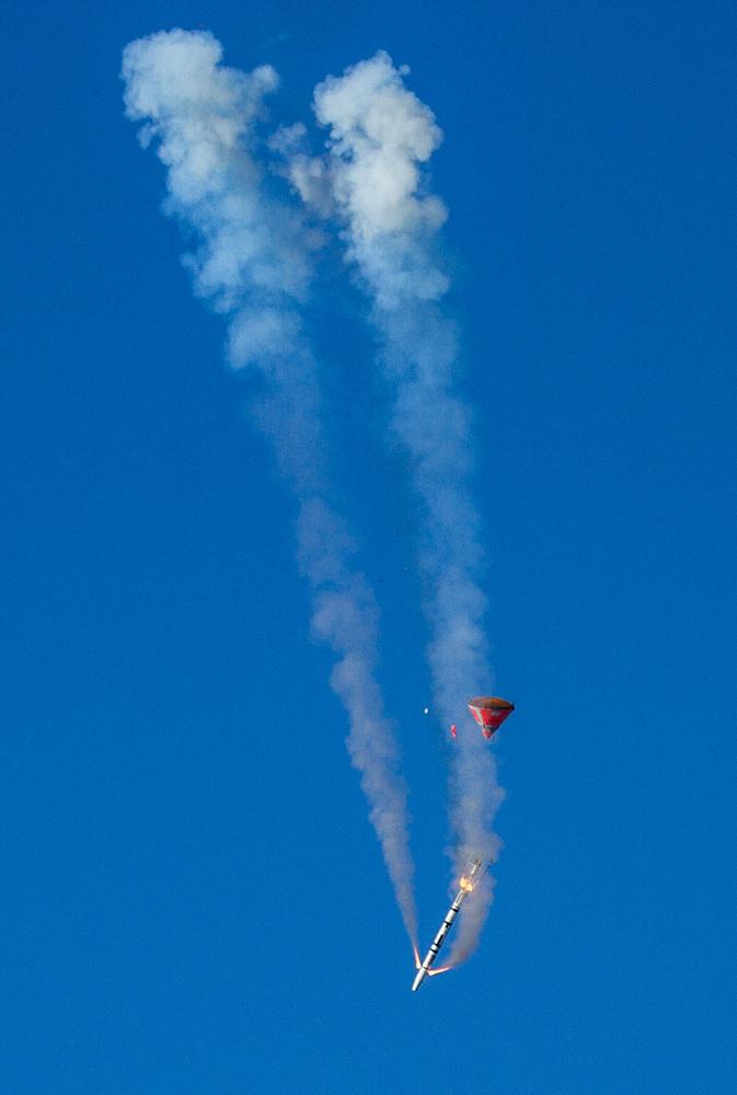 Copenhagen Suborbitals' Tycho Deep Space Capsule and Rocket Falling