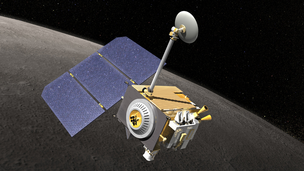 Lights Out: Total Lunar Eclipse Leaves NASA Moon Probe in the Dark