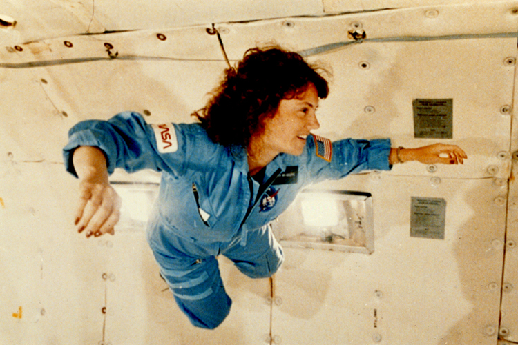 Space History Photo: Christa McAuliffe Experiences Weightlessness During KC-135 Flight