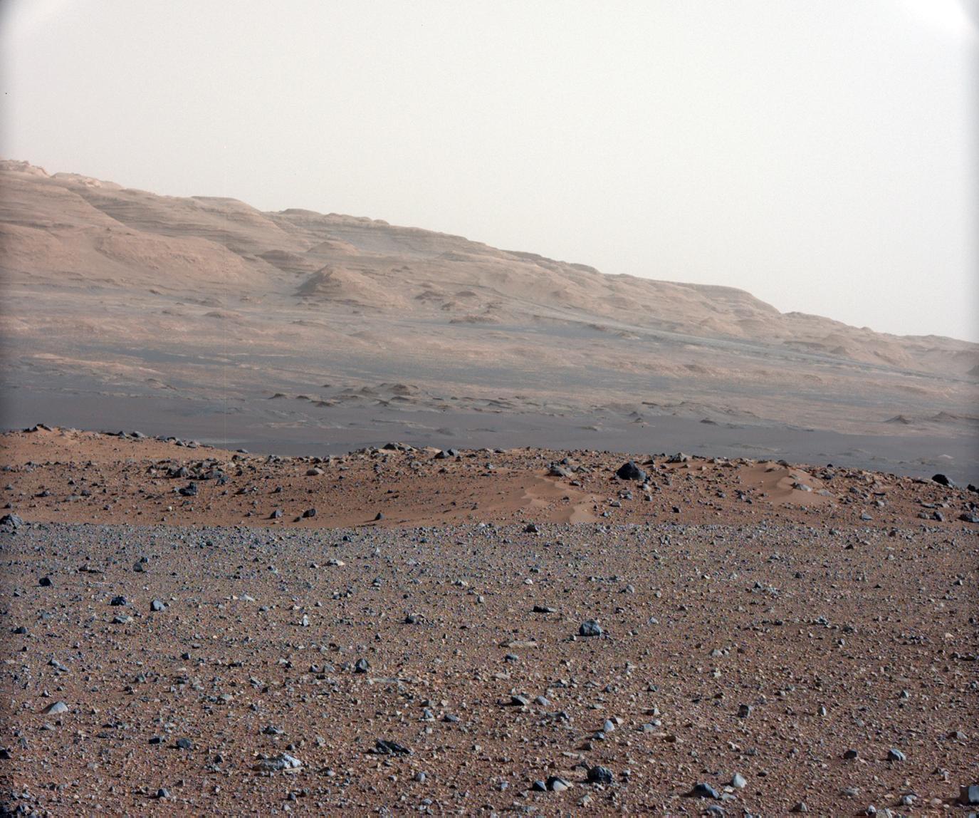 Focusing Curiosity Rover's 34-Millimeter Mastcam