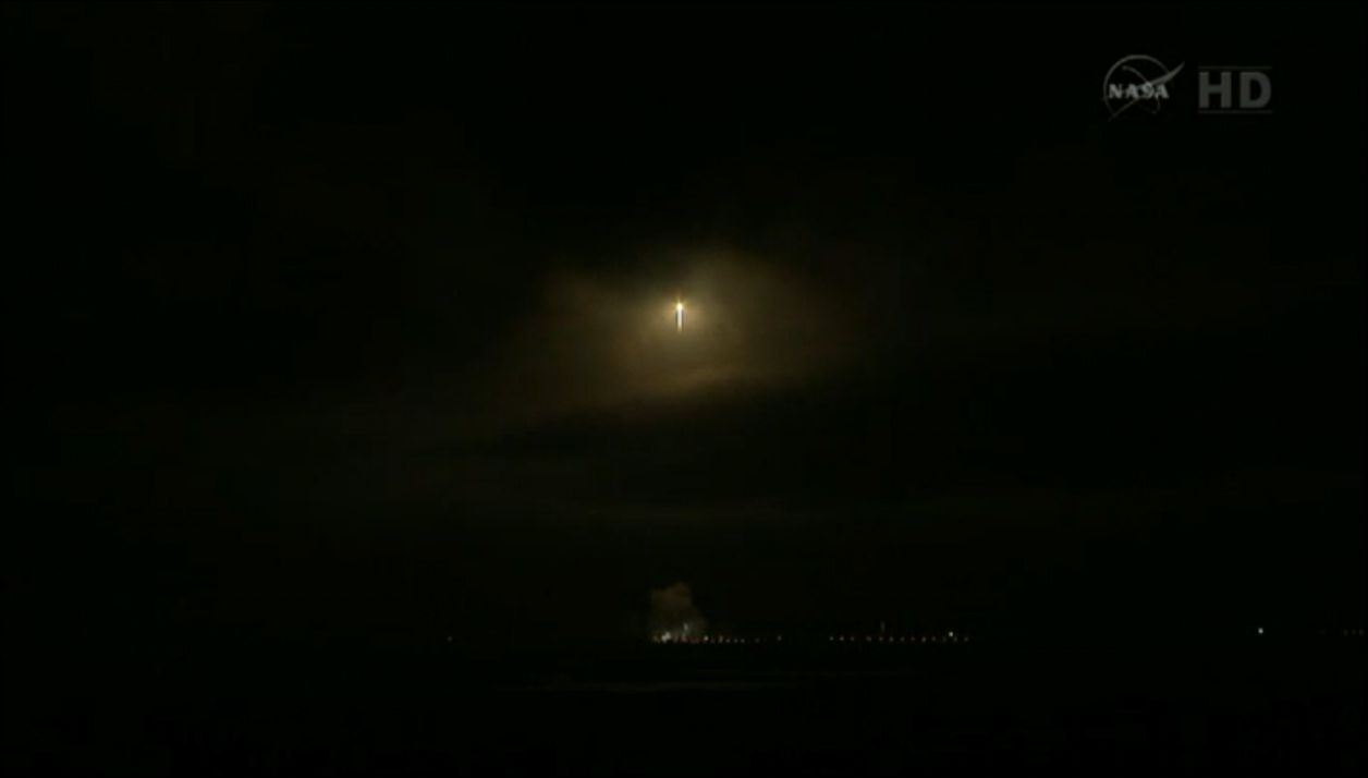 NASA's Radiation Belt Storm Probes Launch (Wide View)