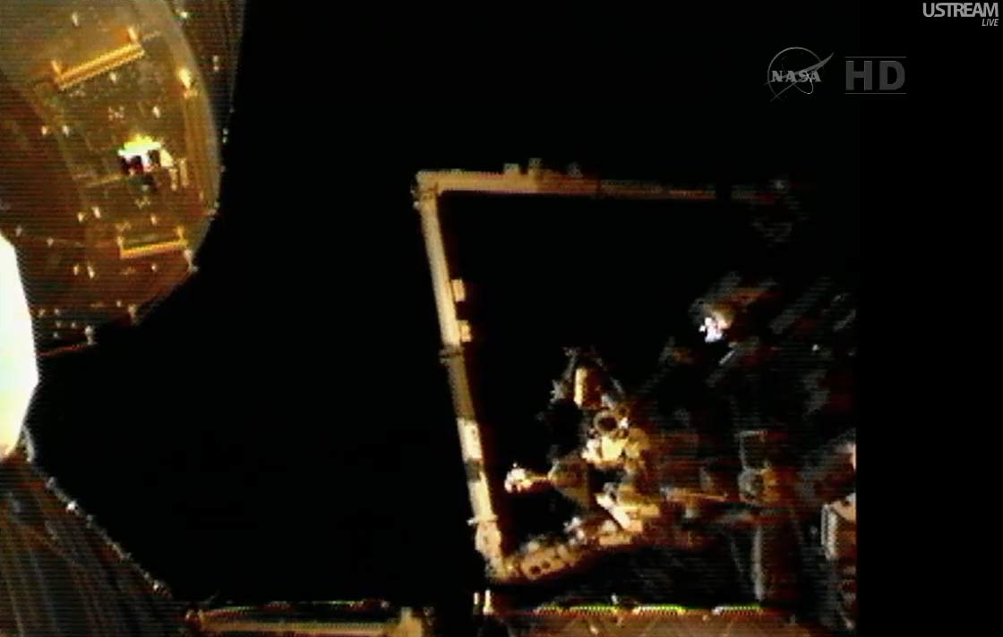 Expedition 32 Spacewalk - Robotic Arm