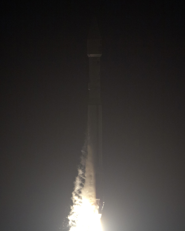 Atlas V Rocket Radiation Belt Storm Probes Launch