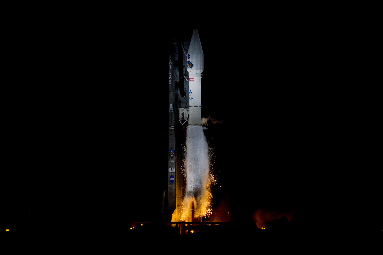 Engines Ignite Under Atlas 5
