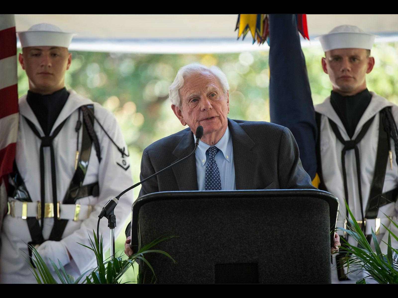 Neil Armstrong's Friend Speaks at Service