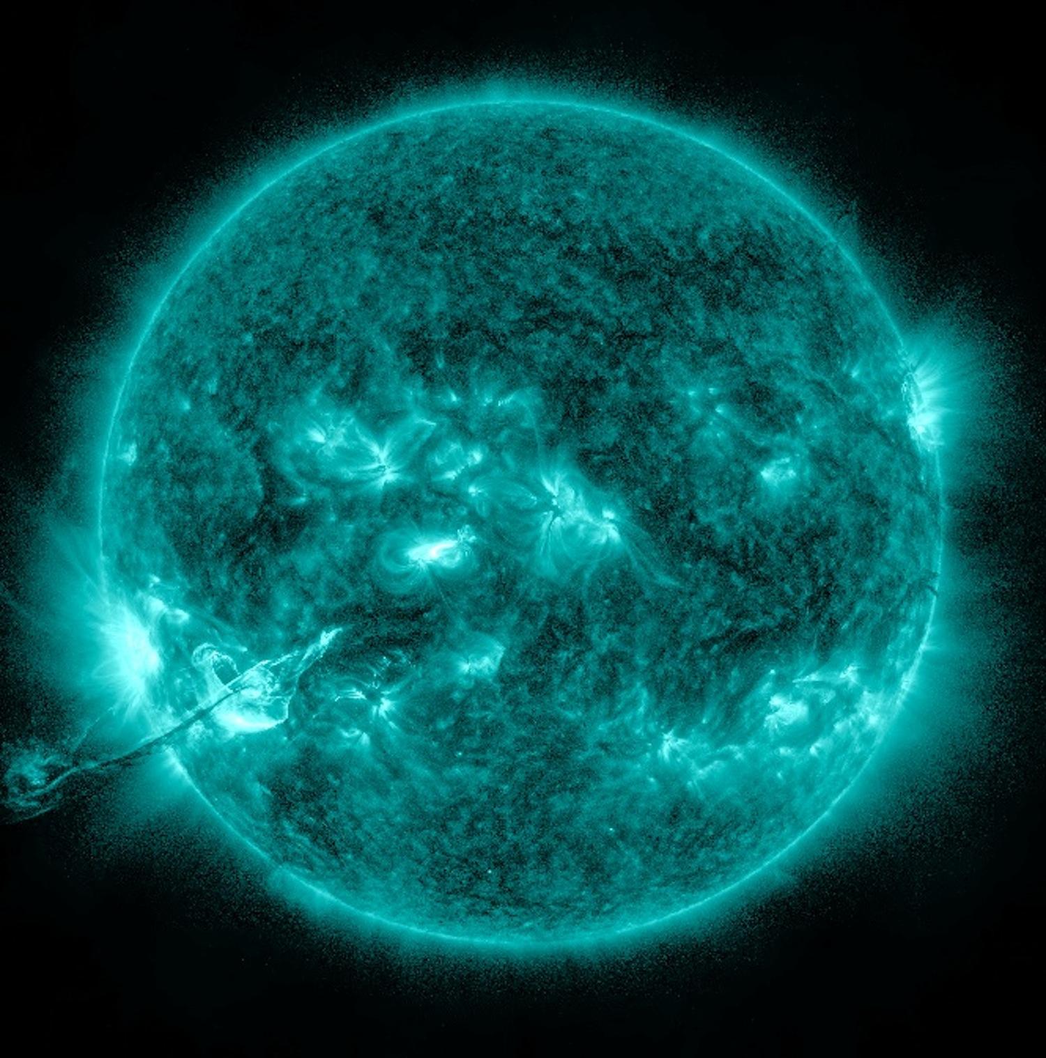 Giant Sun Prominence (Aquamarine)