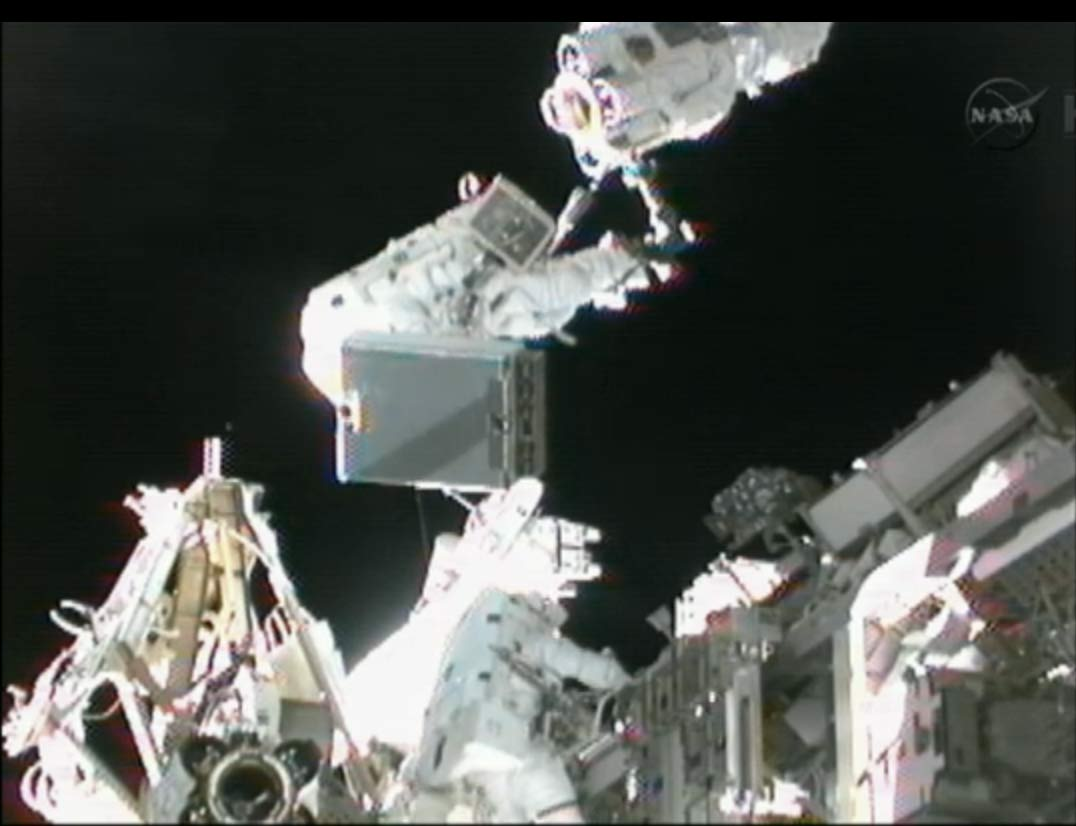Spacewalkers Sunita Williams and Akihiko Hoshide