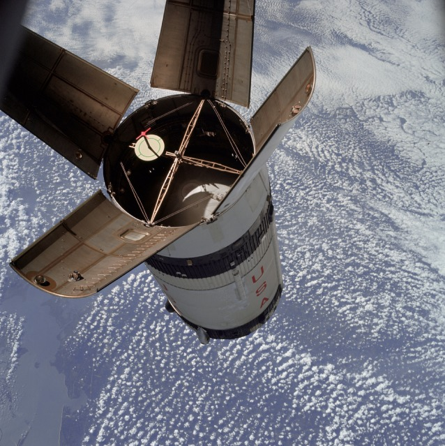 apollo 7 docking