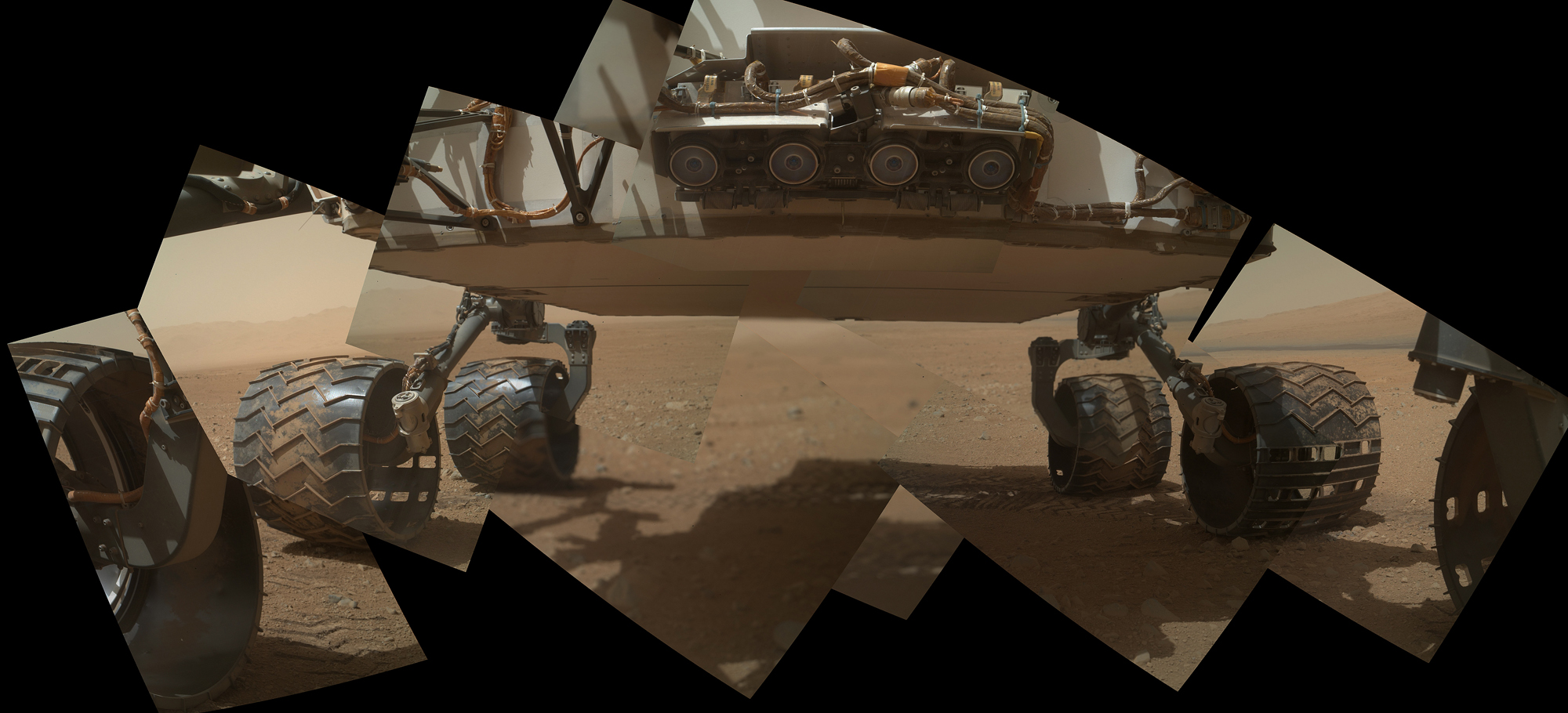 6 Wheels on Mars: Curiosity Rover's Ground-Level View