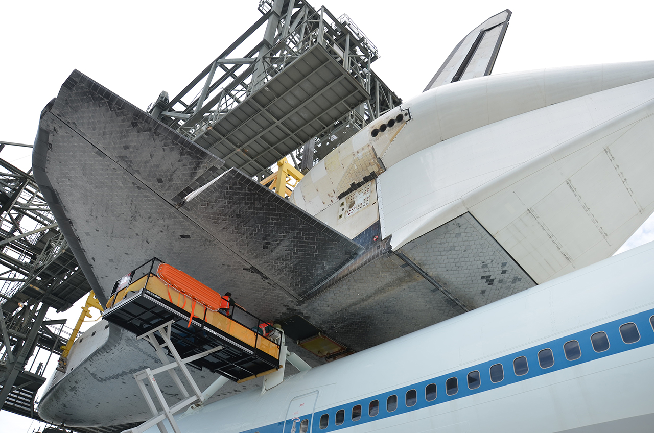 Shuttle Endeavour Attached to 747 for Last Time