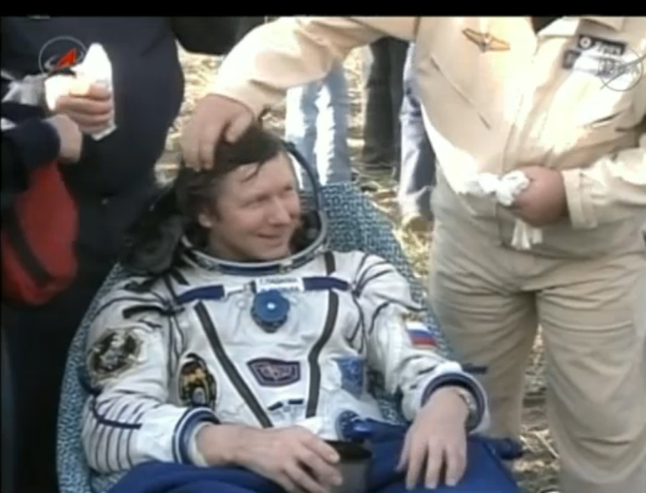 Space Commander Back on Earth: Expedition 32