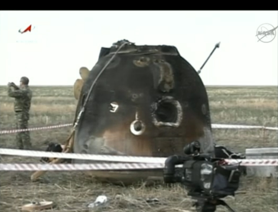 Expedition 32 Landing: Soyuz Capsule