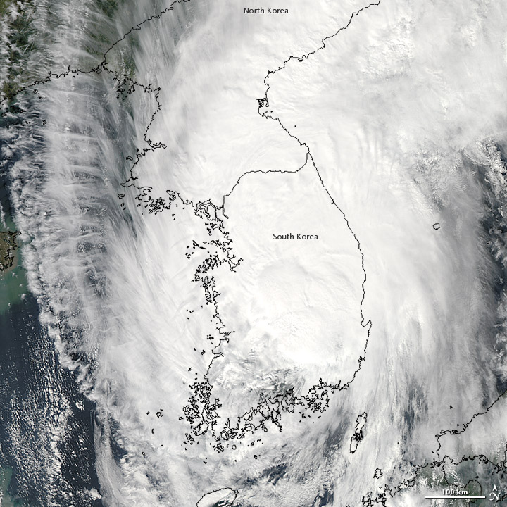 Satellite Sees Typhoon Sanba Wallop Japan, Korea