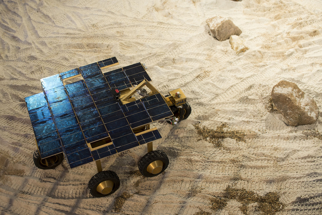 Robotic exploration, SOLERO, the Solar-powered Exploration Rover