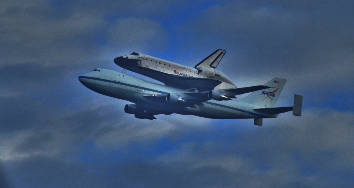 Endeavour Leaves the Space Coast