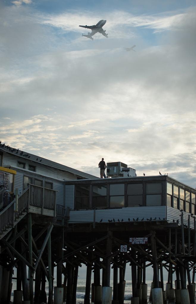 Endeavour over Cocoa Beach Pier