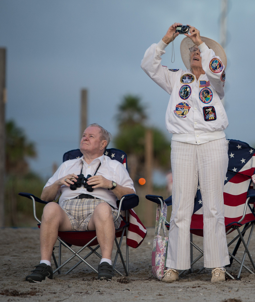 Jorgen and Ruth Sabinsky Watch Endeavour