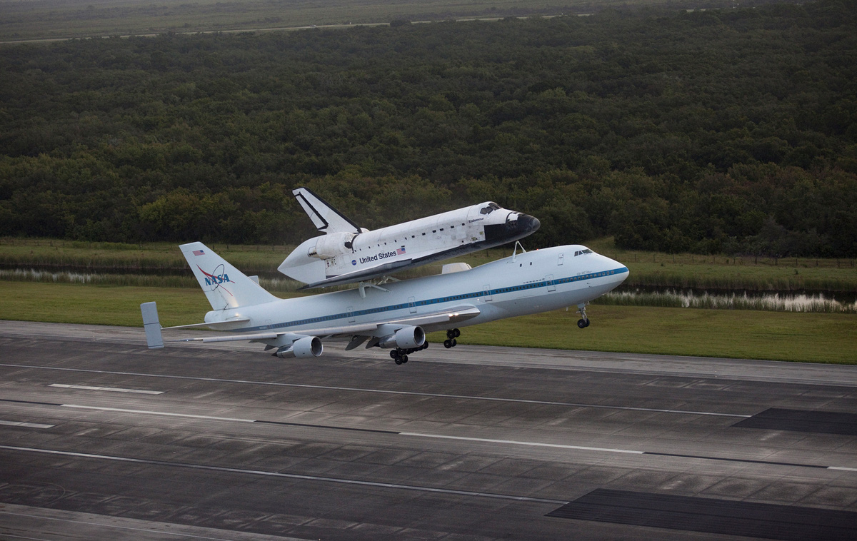 Endeavour Takes Off atop Shuttle Carrier Aircraft