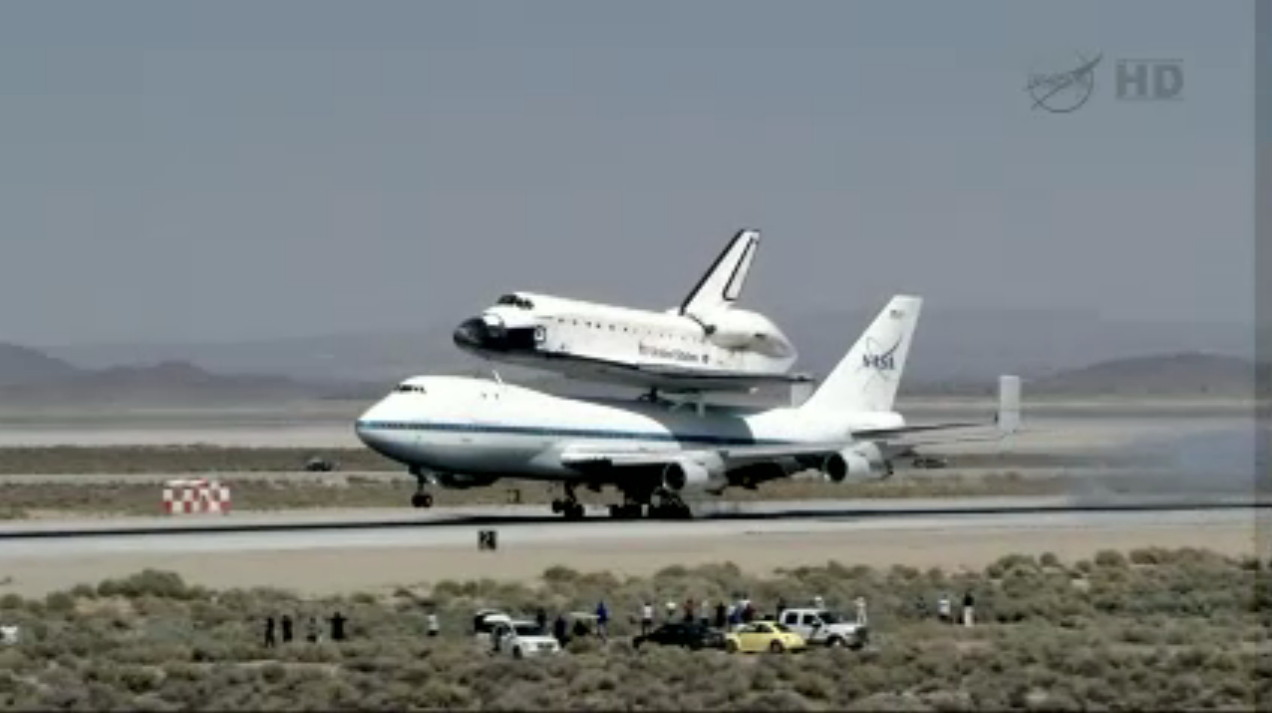 Endeavour Touches Down at Dryden Flight Research Center