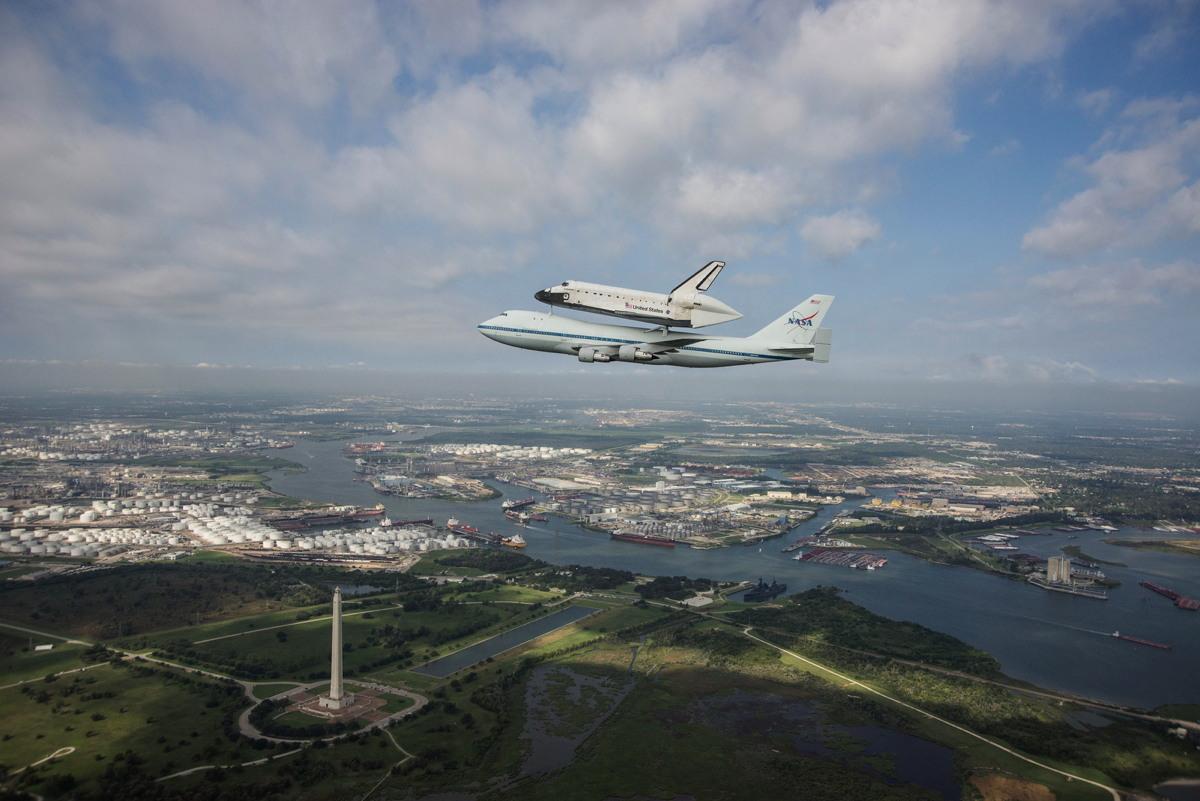 Endeavour Flies over San Jacinto Monument
