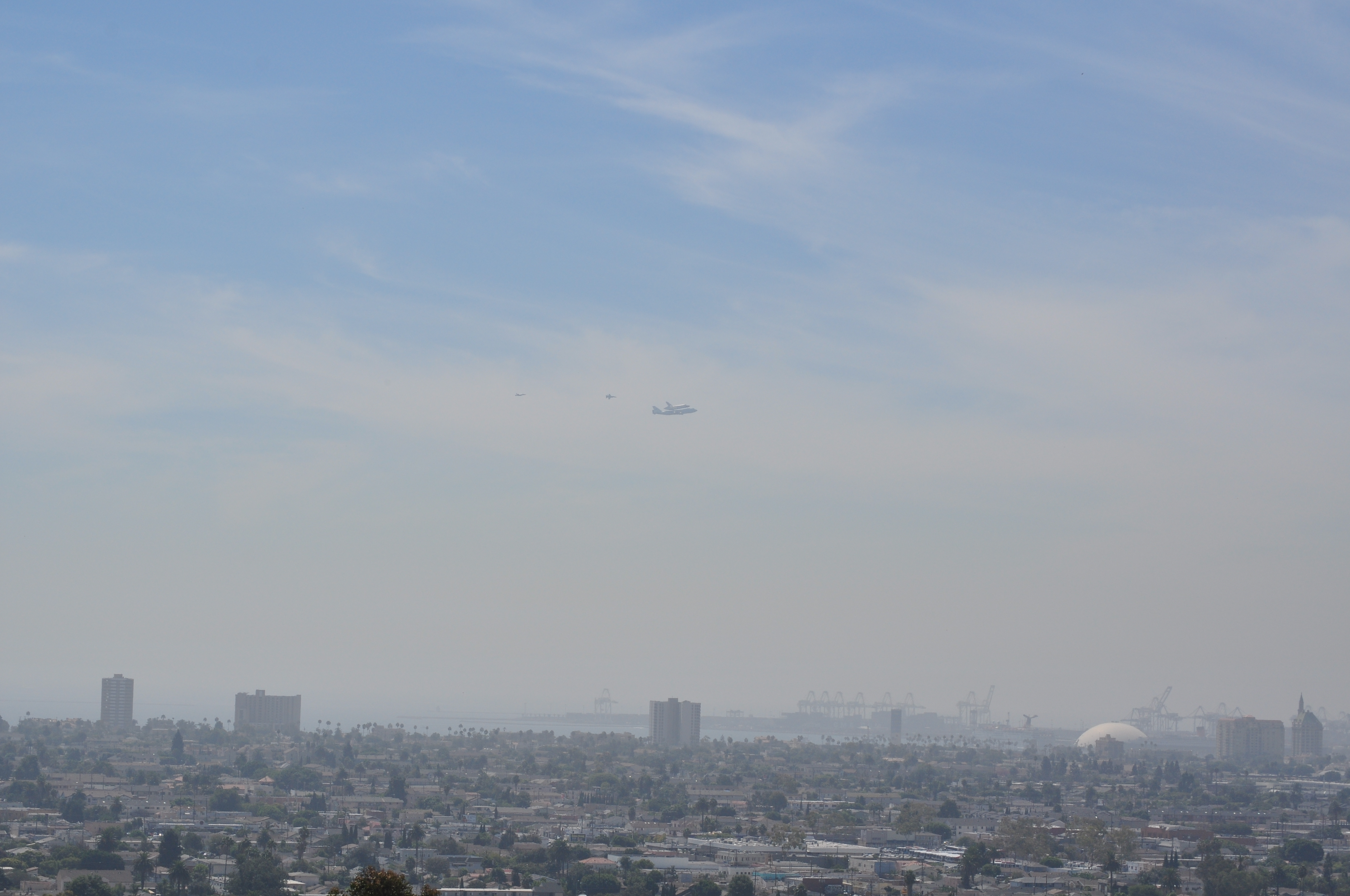 Shuttle Endeavour Over Long Beach, Calif.