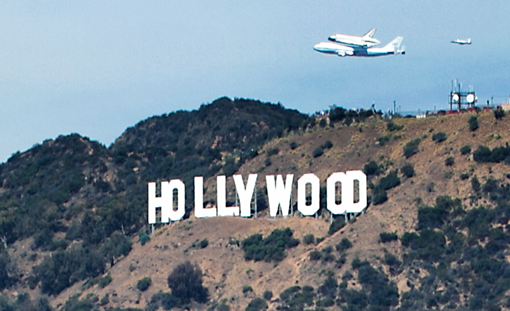 Space Shuttle Endeavour Lands in L.A. for Display at California Science Center