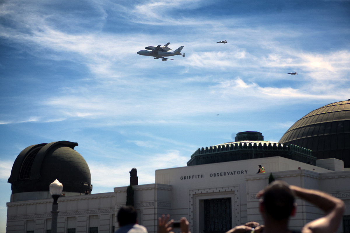 Endeavour over Griffith Observatory, Los Angeles #3