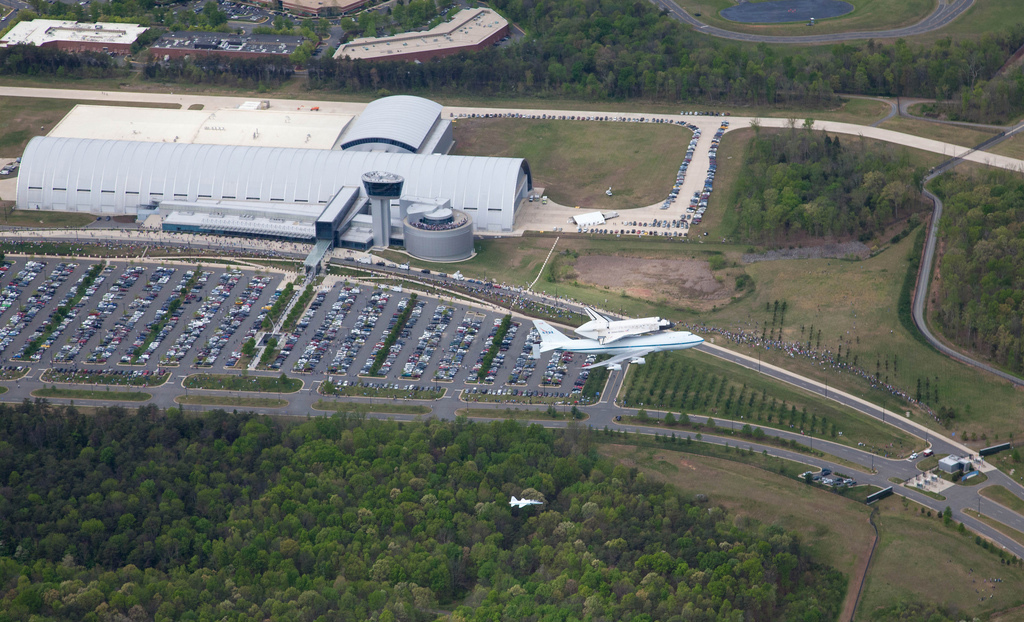 Space Shuttle Discovery Flies over the Udvar-Hazy Center