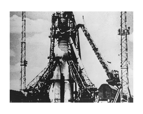 Sputnik 1 on the Pad