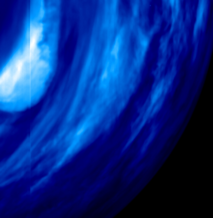 'Thin' Cloud Layer Close to Venus' South Pole