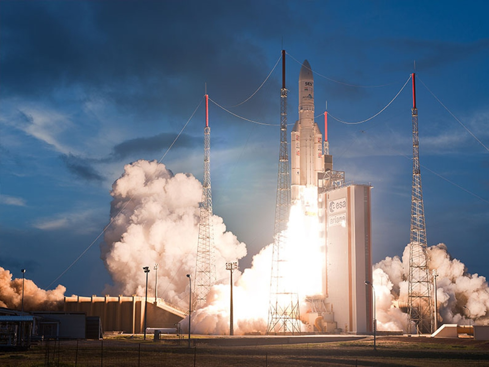 Ariane VA209 Liftoff