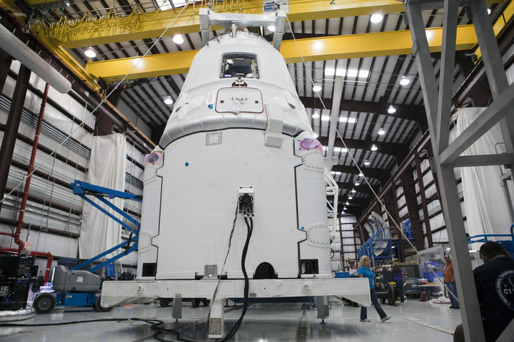 Dragon Spacecraft Preparation