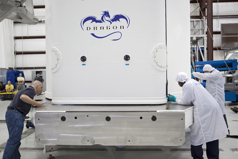 Dragon Spacecraft Inspection