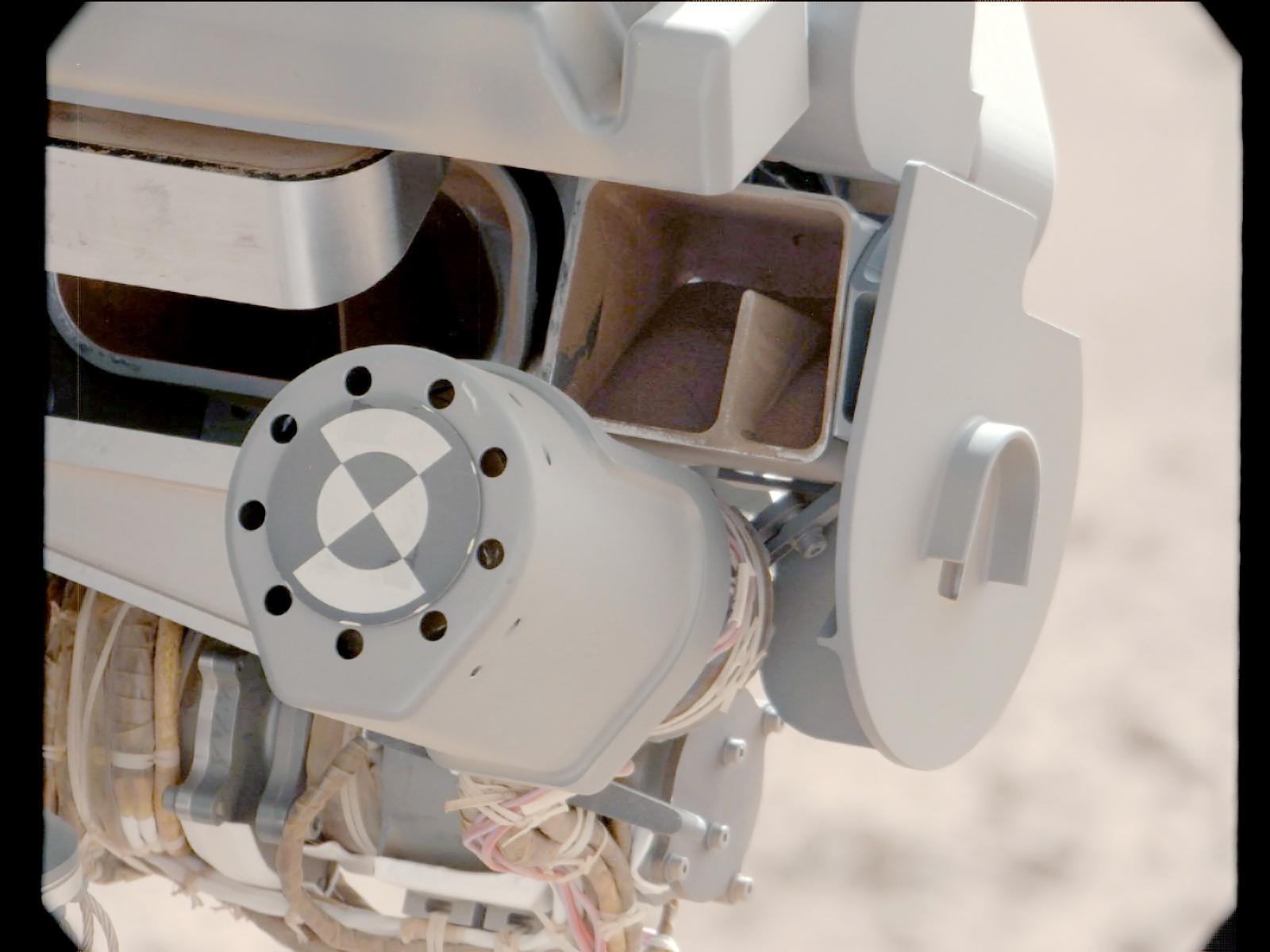 Mars Rover Curiosity Samples Fine Sand