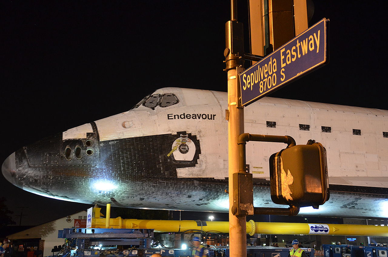 Endeavour Rolls from Los Angeles International Airport (LAX) to Sepulveda Eastway