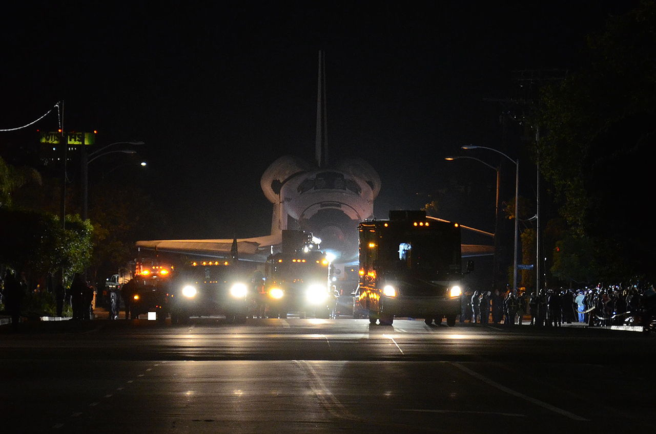 Endeavour Rolls from Los Angeles International Airport (LAX) to Sepulveda Eastway #2