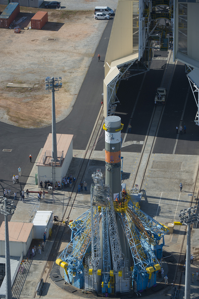 Soyuz VS03 Transfer to Launch Zone