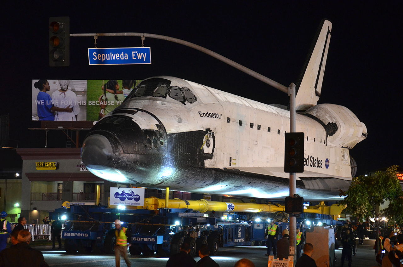 Endeavour Rolls from Los Angeles International Airport (LAX) to Sepulveda Eastway #3