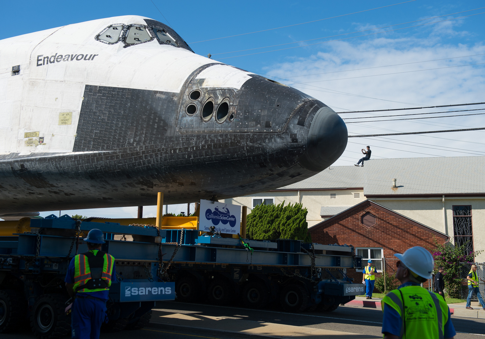 Shuttle Endeavour on L.A. Streets: Rooftop View