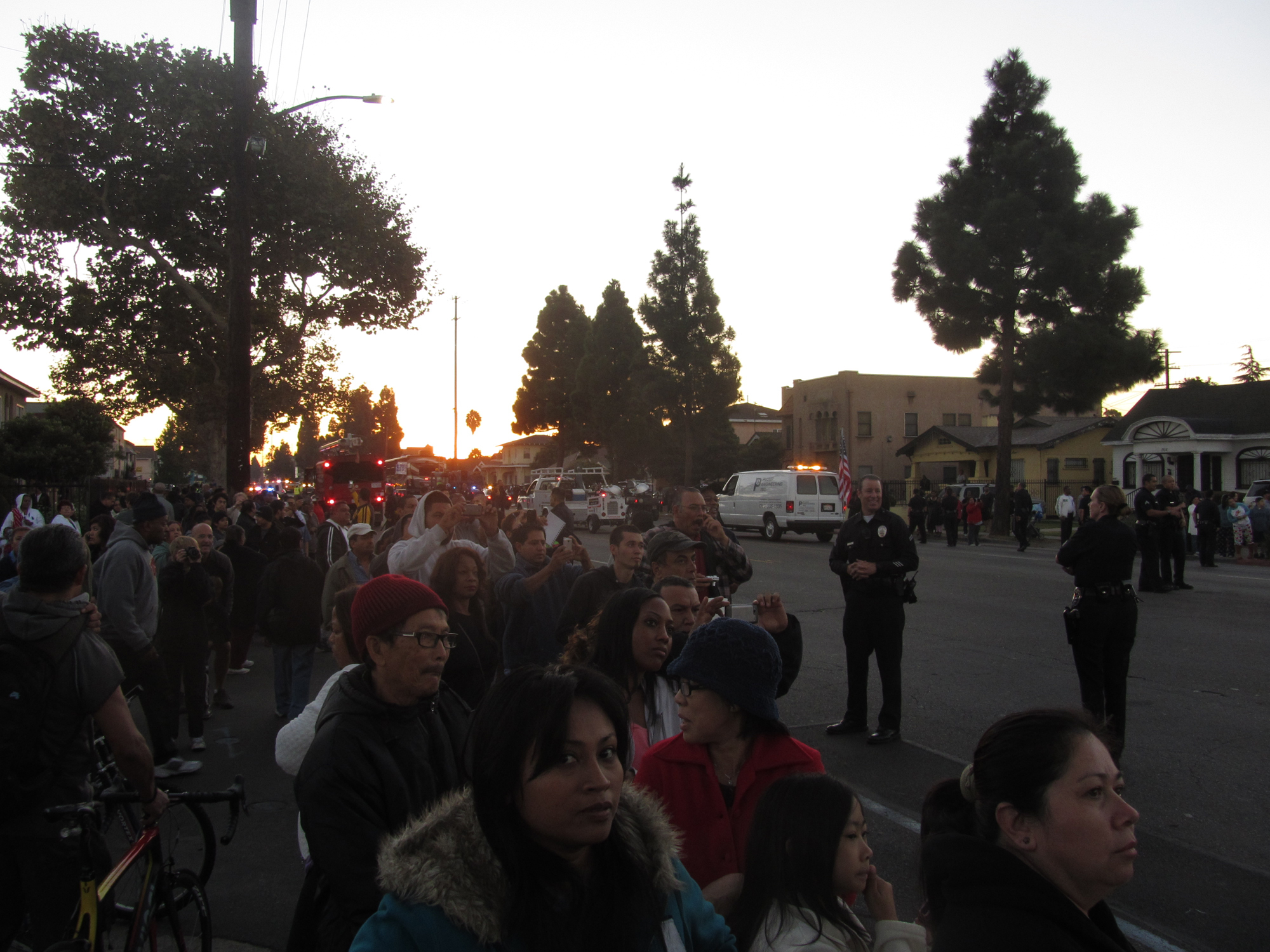 Big Crowds for Shuttle Endeavour