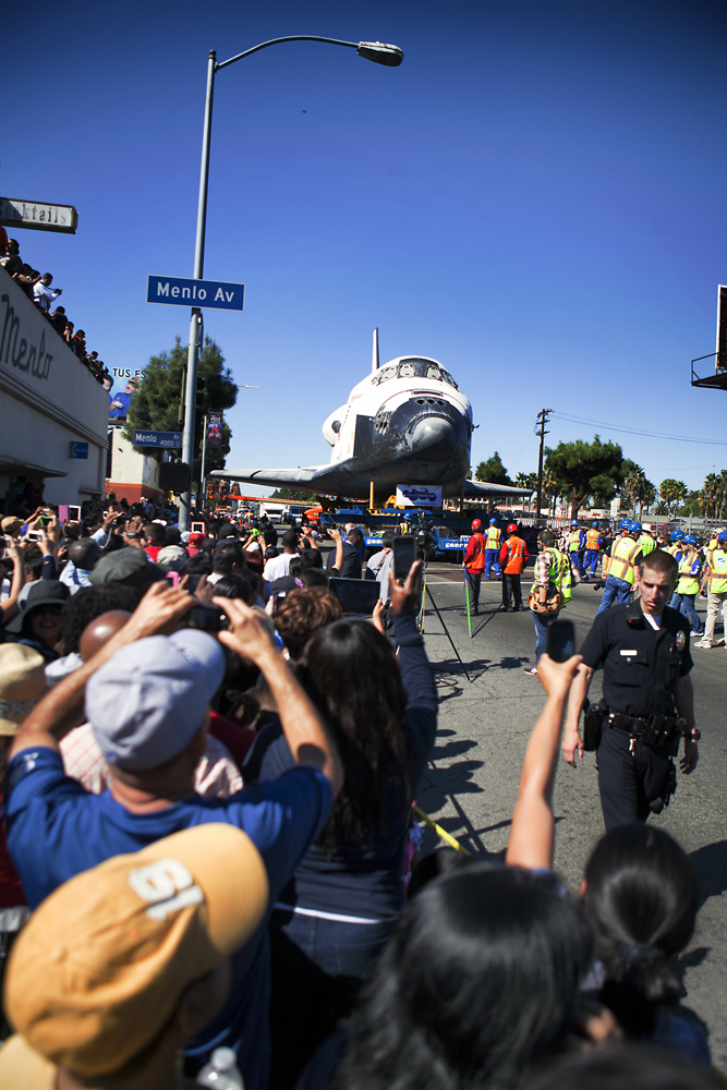 Waiting for Shuttle Endeavour: SPACE.com Reporter's Vigil for L.A. Museum Arrival